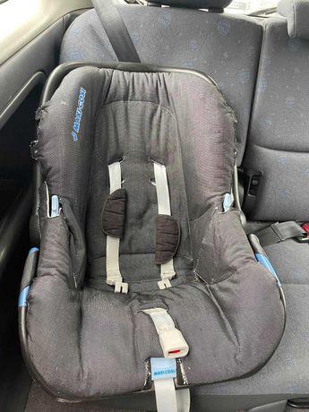 Fotelik-nosidełko do auta