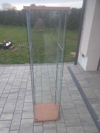 Używane Szklane szafki z półkami (2x)