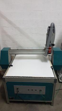 Fresadora / CNC 900x1400