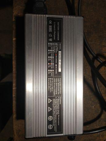 Ładowarka 60v 5A (16s 67,2V)