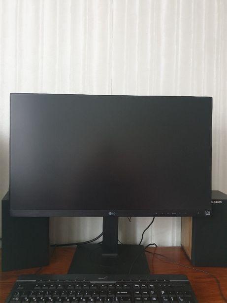 Продам monitor LG 27BK750Y-B новый на гарантии отличное состояние sale
