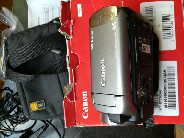 Видеокамера Canon Legria HF R16