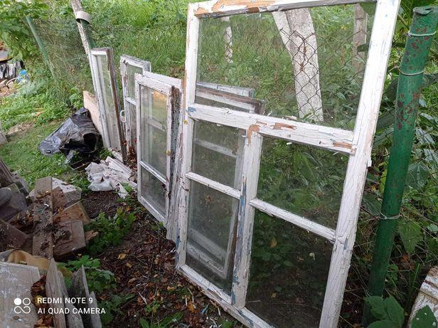 Вікна Старі але не розсипаються)