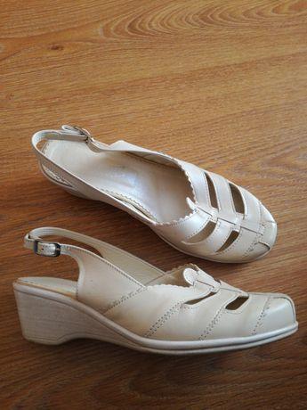 Sandały damskie r.36 jak nowe