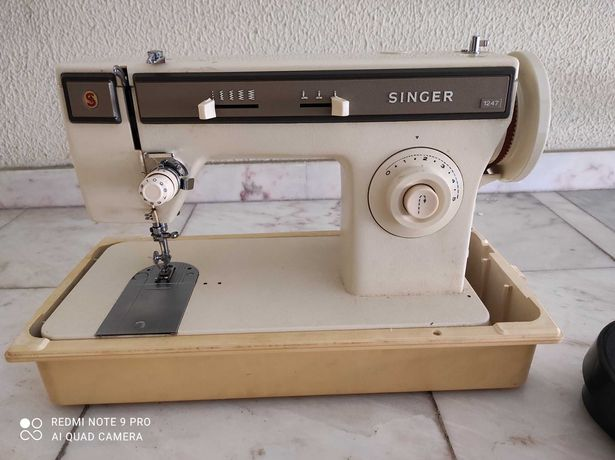 Máquina Costura SINGER eléctrica