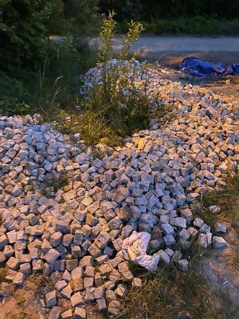 Kostka granitowa szaro ruda 4 tony