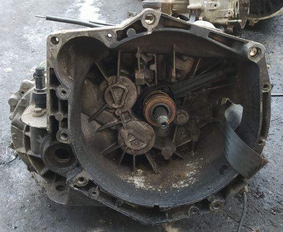 Skrzynia Biegów Renault Master II 2.5D PF1AA013 PF1 AA 013