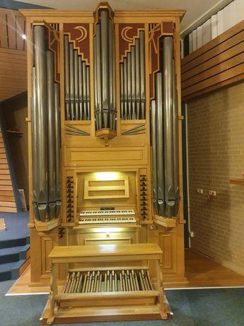 Organy kościelne piszczałkowe, 16 gł.mechaniczne.. Rok budowy 2002...
