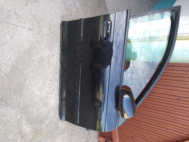 drzwi prawy przod audi a3 8p sportback LZ9W kapletne