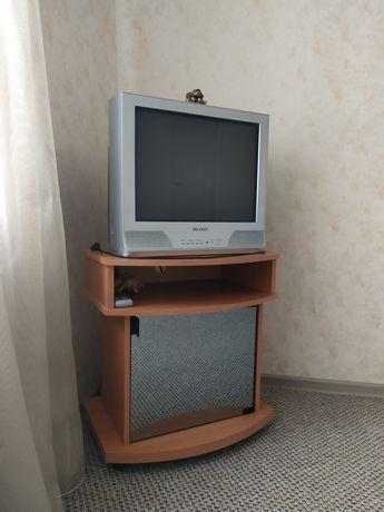 Продам телевизор в рабочем состоянии.