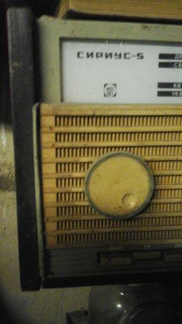 Радиола СИРИУС 2 ламповые , 1 транзисторная