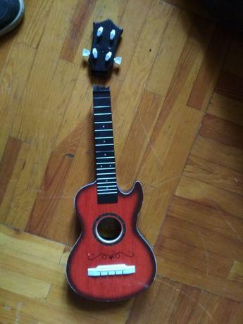 Гитара акустика пластиковая мини под ремонт