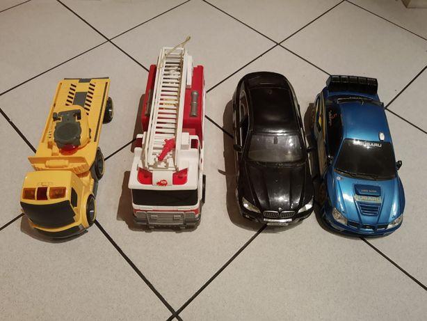Duże samochody Police, BMW X6 i ciężarówkę, straż pożarną i sterowany