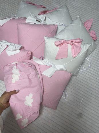 Набор бортики в кроватку