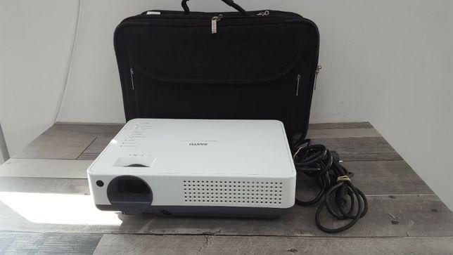 Projektor SANYO PLC-XW57 komplet