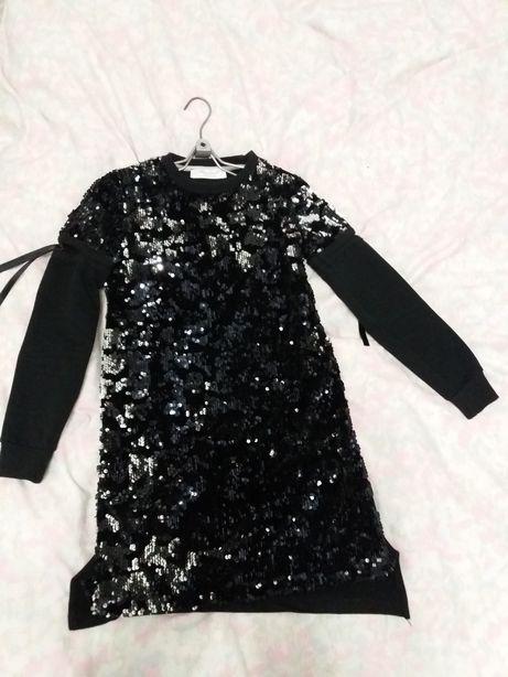 Платье на 9лет, рост 134
