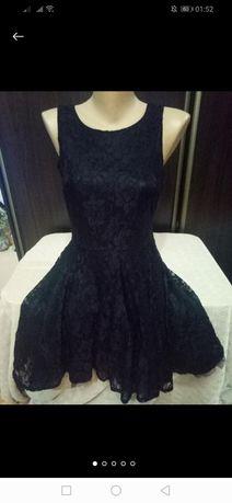 Новое красивое кружевное платье девочке или девушке, длина 85 см, р.S