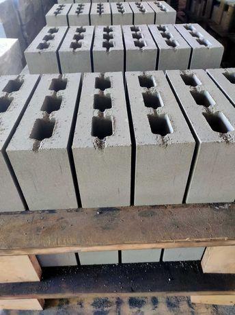 Полублок строительный, блок строительный
