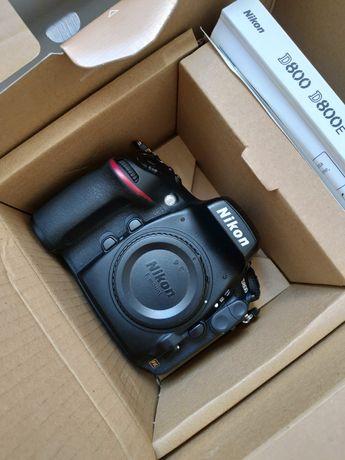 Nikon d800 komplet 128 GB, mały przebieg, idealny !