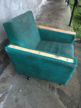 Fotel vintage klubowy PRL aga lisek chierowski