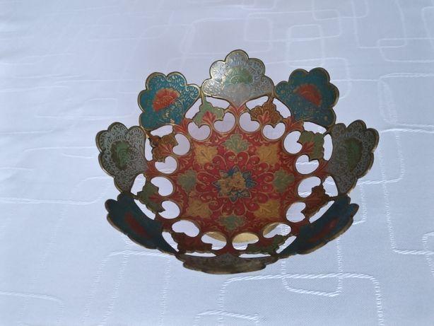 Mosiężna patera dekoracyjna