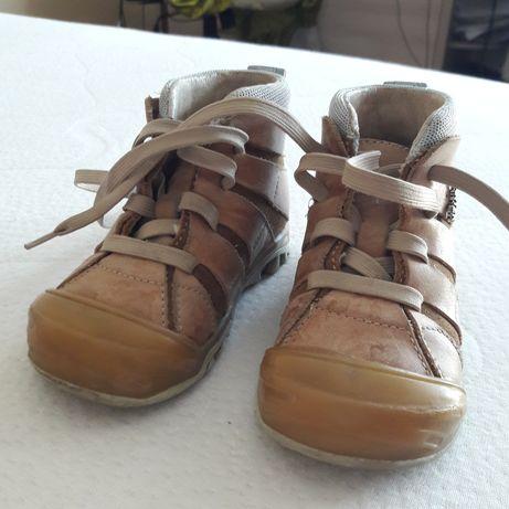 Skórzane dziecięce buty firmy Bartek roz. 21