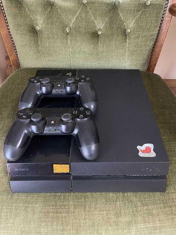 PlayStation 4 500Gb + 2 Pady !