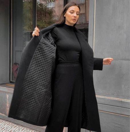 Утепленное пальто на подкладе