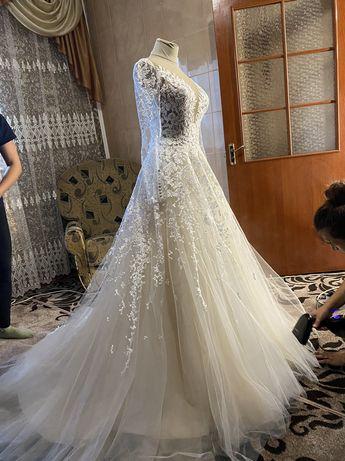 Весільна сукня, свадебное Платье від дизайнера Оксани Мухи