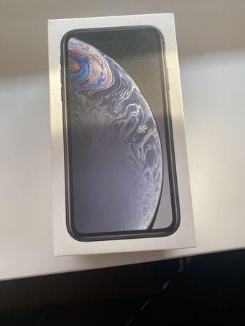 Iphone xr uszkodzony wyswietlacz