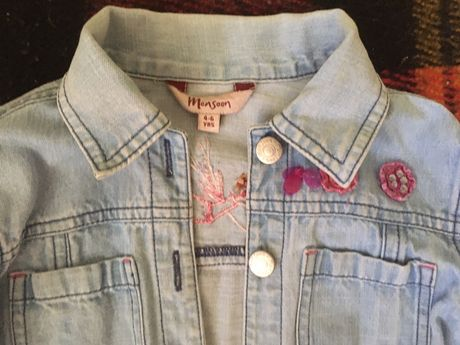 Джинсова куртка на 4–6 років