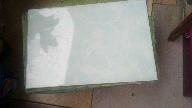 Плитка керамічна (світло-голуба) 20х30 см (тільки самовивіз)