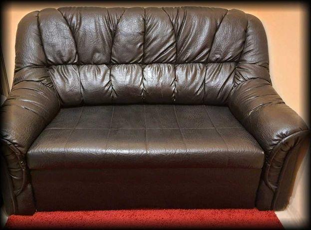 Klimatyczna sofa tapczan łóżko kanapa - czarna