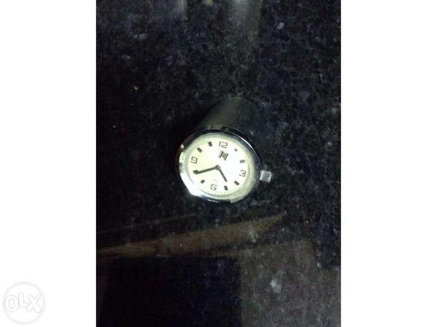 Relógio de Corda - Pisa Papéis