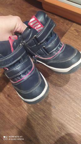 Ботинки зимние 23 размер clibee