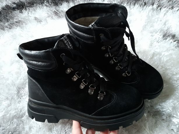 Зимові черевички . Замша 38р