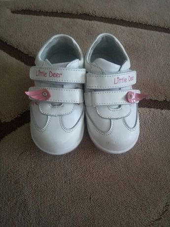 Кроссовки кожанные, ботиночки, ботинки весенние B&G