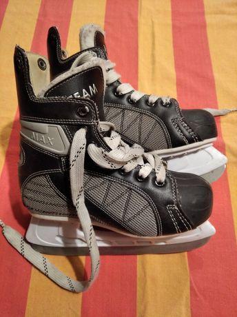 Łyżwy hokejowe 34 rozmiar