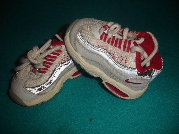 Фирменные кроссовки nike (оригинал) для самых маленьких