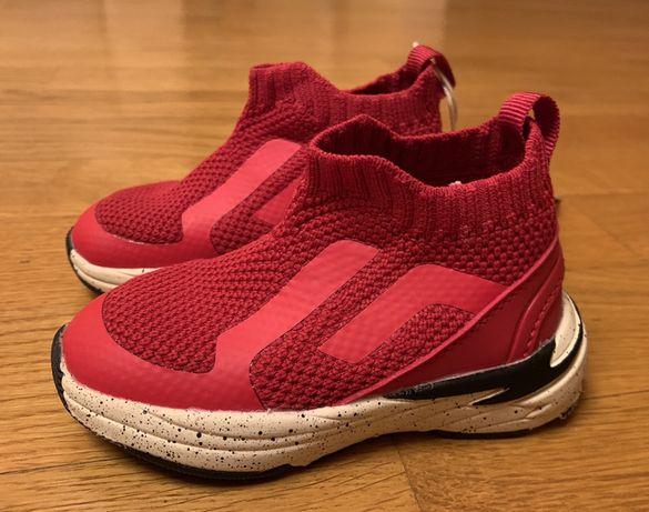 Продам ботиночки Zara 19 размер
