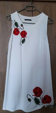 Biała sukienka z haftem Mohito r. 36/S