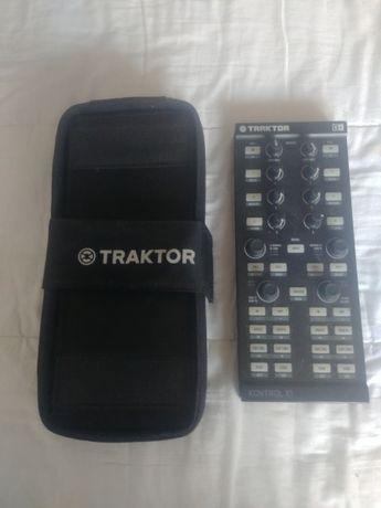 Native Instruments Traktor X1