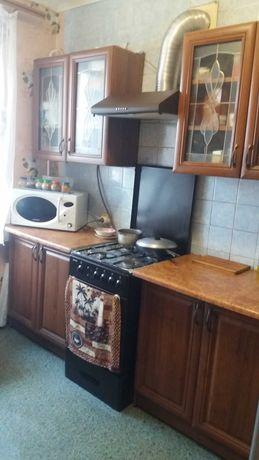 Продам двух комнатную квартиру на подоле от собственника