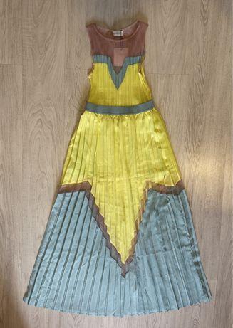 Продам женское платье Delicatelove. Размер M