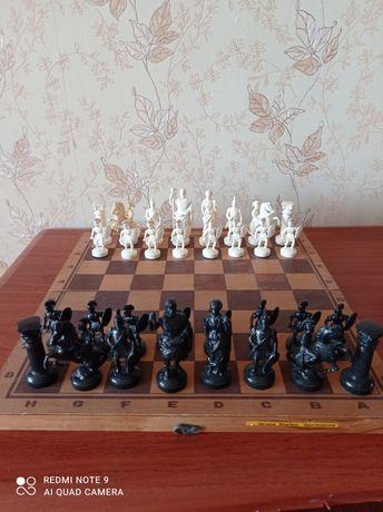Продам шахматы римляне