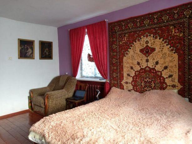 Продаётся 3-х комнатная квартира, пгт. Любар, ул.Кантемировская 4