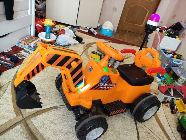 Детский электромобиль Трактор с ковшом Bambi