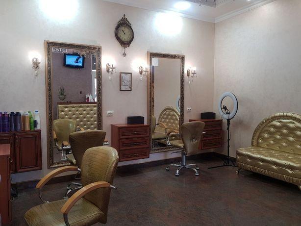 """Здається в оренду місце для перукаря в салоні краси """"Люанві"""" м.Самбір"""