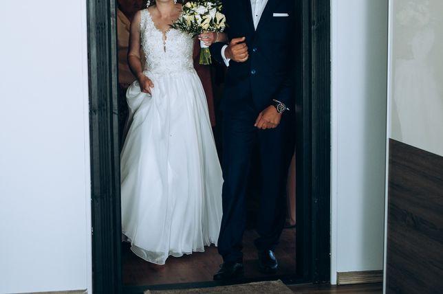 Suknia ślubna pozłacana