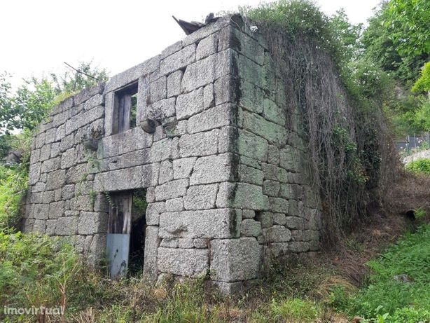 Casa em Pedra p/ Restauro - Gondoriz